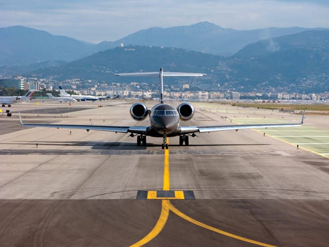 Private-jet-Nice-Airport